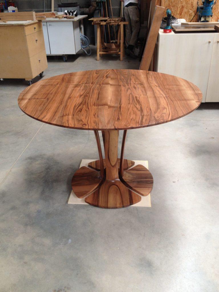 Fabrication de la table Tulipe