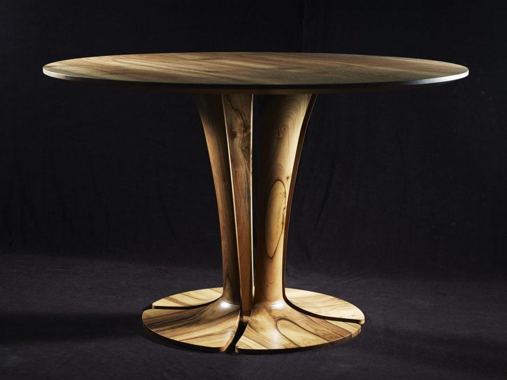 Table Tulipe